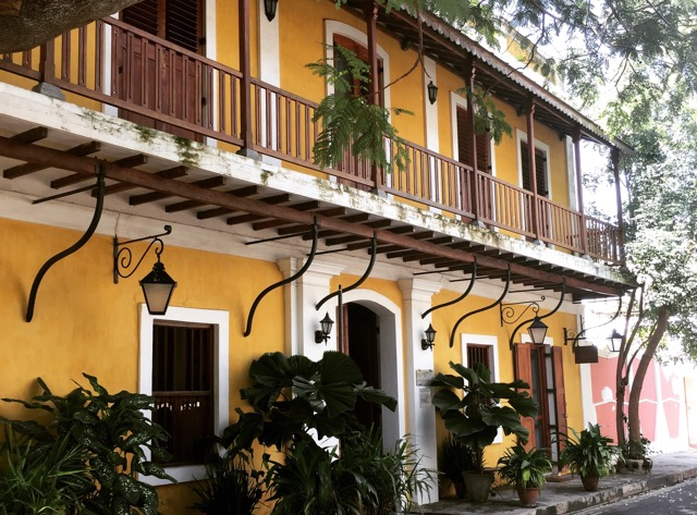 Pondicherry-french-colonial-architecture