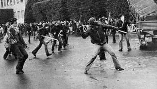 Anni di piombo. 'Cronologia della lotta armata in Italia 1966-1988'.