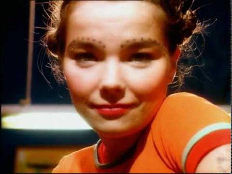 Björk – Venus as a Boy