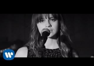 Gabrielle Aplin – Light Up The Dark
