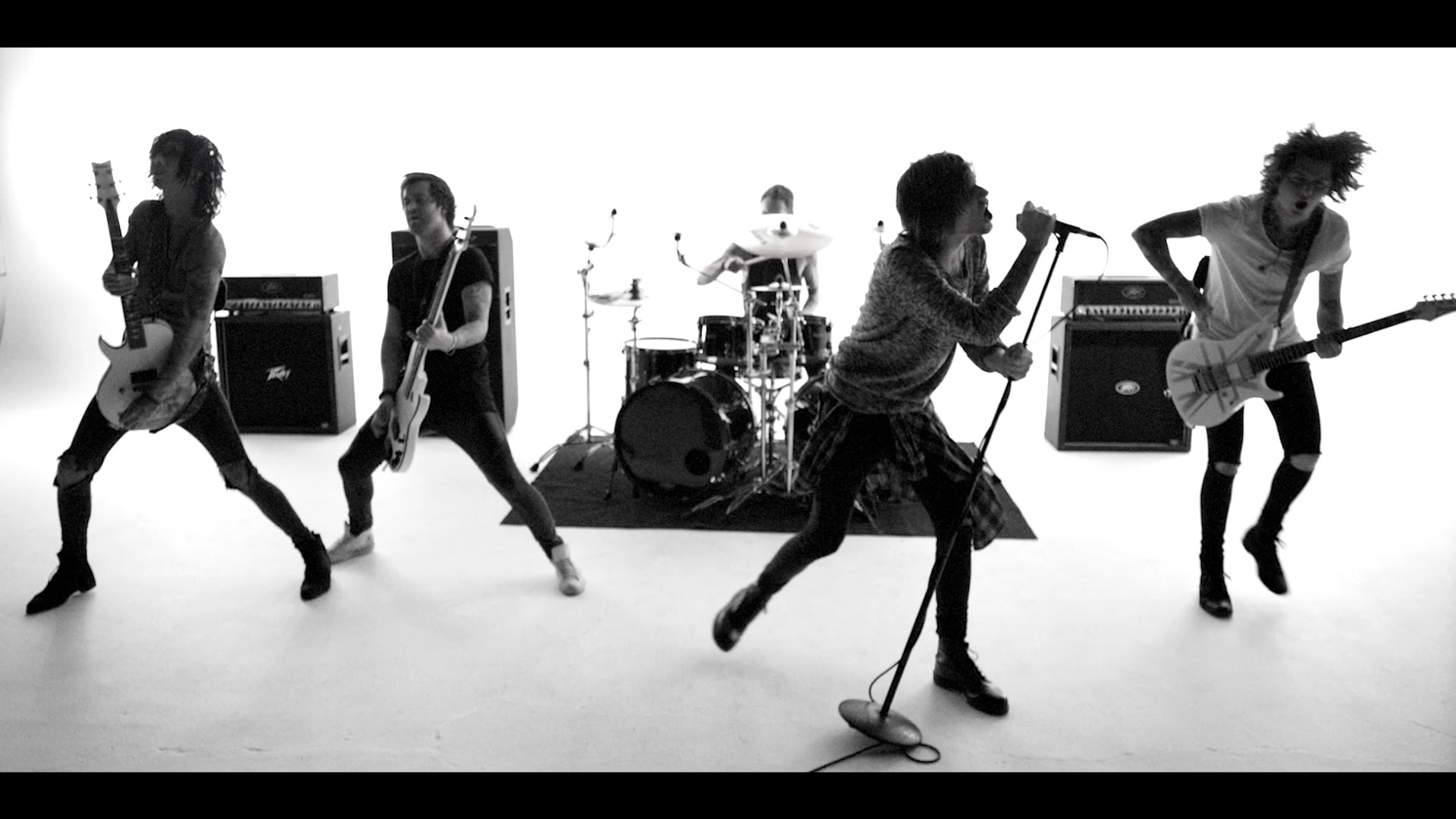 Asking Alexandria – The Black