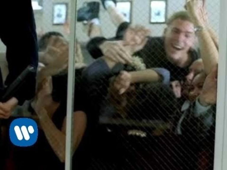 Deftones – Back To School (Mini Maggit)