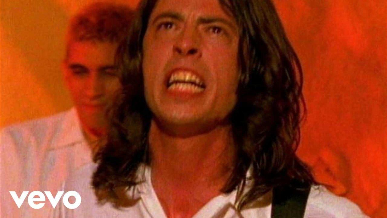 Foo Fighters – I'll Stick Around