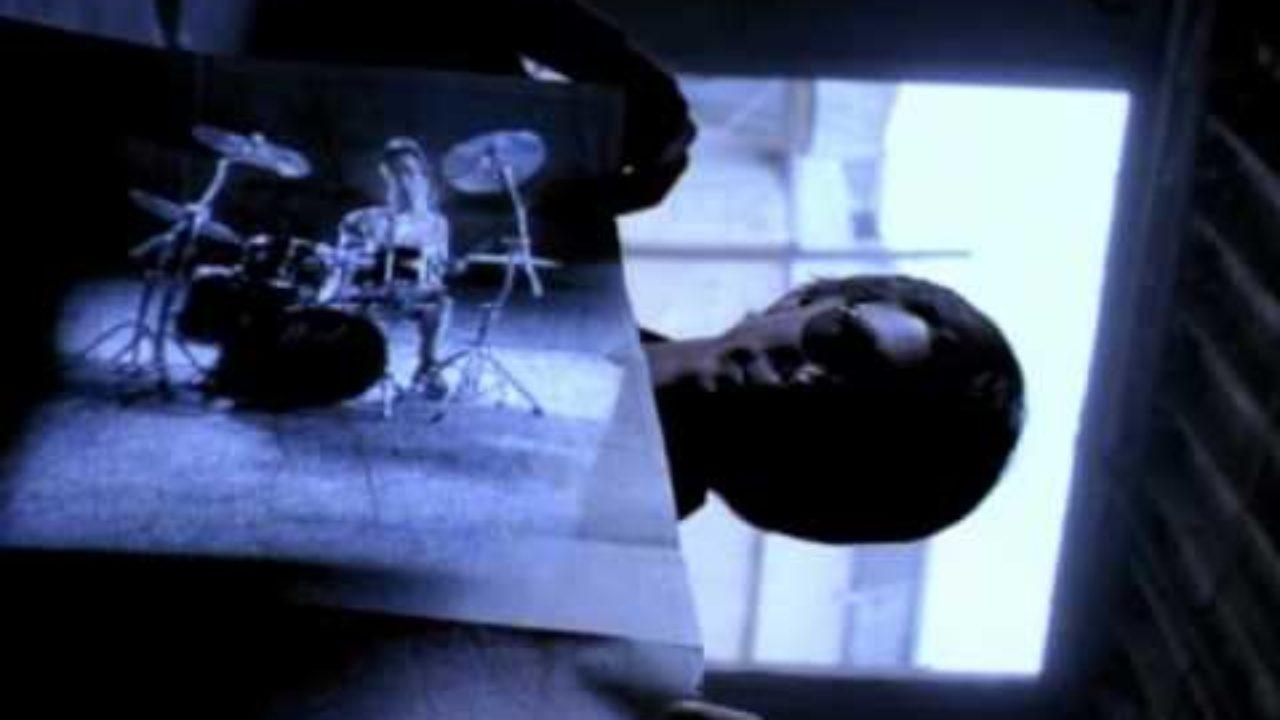 R.E.M. – Radio Song