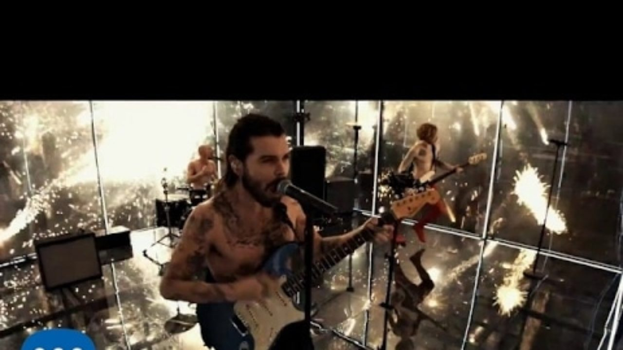Biffy Clyro – Flammable
