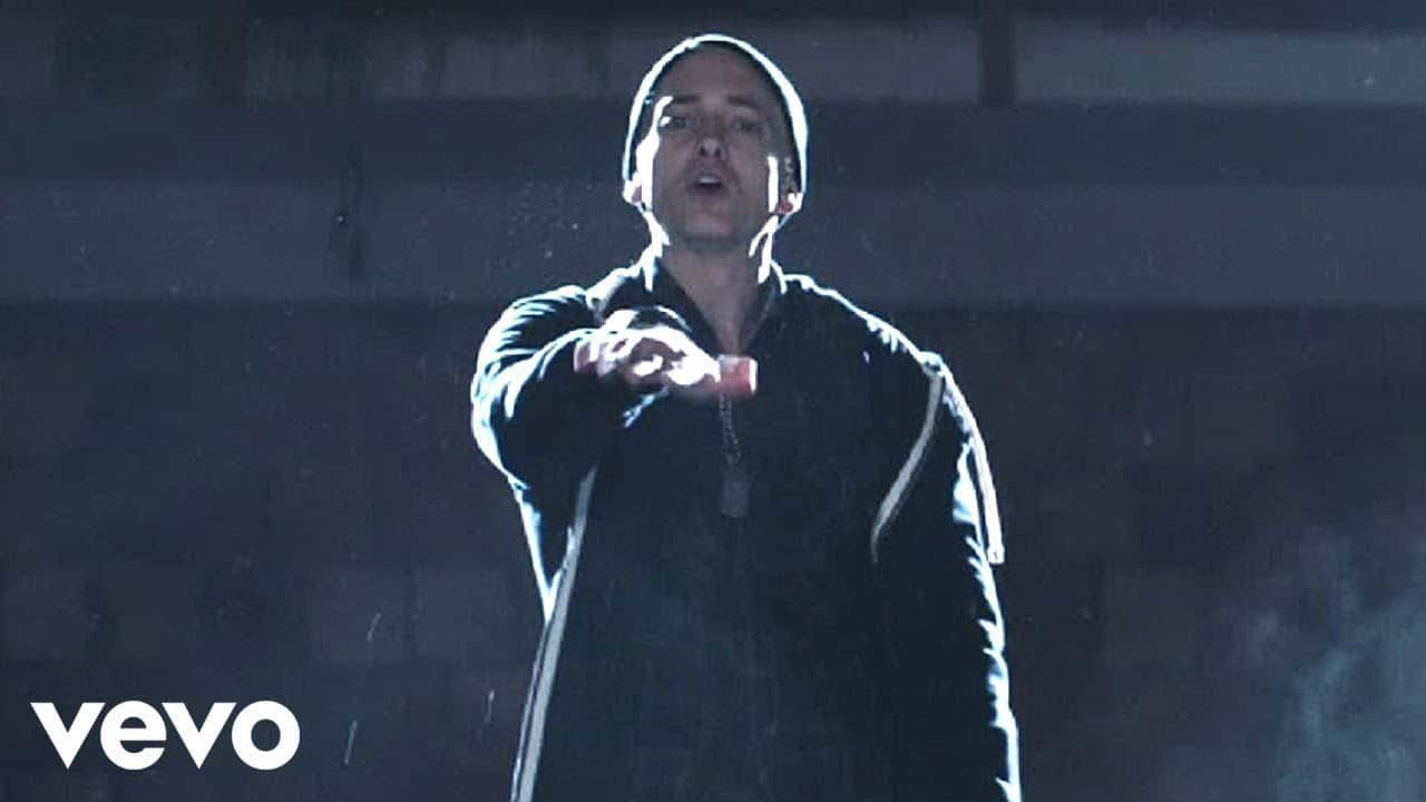 Eminem – Guts Over Fear