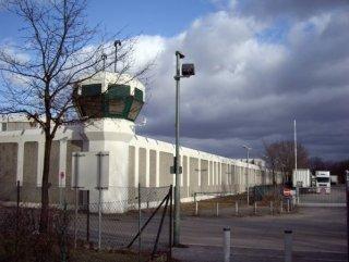 Berlin'de cezaevinden 4 mahkum kaçtı
