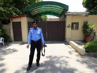 Pakistan'da bombalı saldırı: 3 ölü