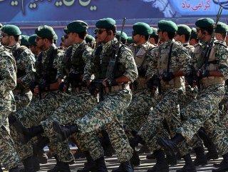 İran'da 3 istihbaratçı öldürüldü