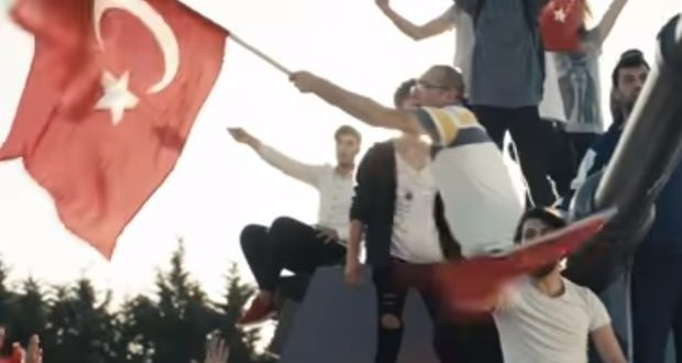 Türk Telekom'dan 15 Temmuz'da milli irade mesajı