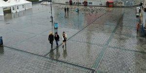 Avrupalı gazetecilerden Türkiye'ye koronavirüsle mücadele övgüsü! Türkiye güvenilir ülke