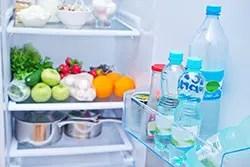 冷蔵庫のあの嫌な臭い……一体なにが原因!?