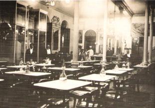 1.- Café Alameda. 1909. Archivo Histórico Municipal