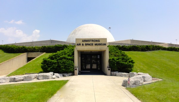 Armstrong Air and Space Museum tour   Alumapalooza® 11