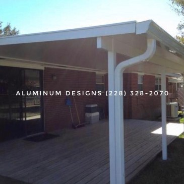 Aluminum patio cover built by Aluminum Designs of Saucier, MS.