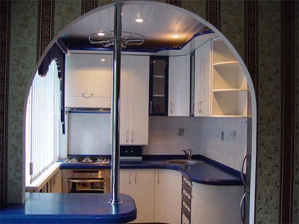 اجمل مطبخ بحجم صغير مفتوح على احدث مطابخ 2109
