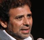 ضبط أقراص مخدرة بحوزة المخرج خالد يوسف بمطار القاهرة