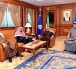 وزير الداخلية يبحث مع نائب وزير داخلية البحرين التعاون الأمني