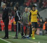 فينغر يفضل البقاء في ارسنال عن تدريب برشلونة