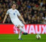 فيل جونز يخرج من قائمة إنجلترا للإصابة