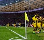 دورتموند يفوز على فرانكفورت وينقذ موسمه بلقب كأس ألمانيا