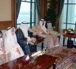 سمو الأمير يستقبل والدي الشهيدين العلي والحسيني