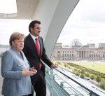 المستشارة الألمانية وأمير قطر يشيدان بالمبادرة الكويتية لحل الأزمة الخليجية