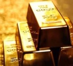 الذهب يرتفع مع تراجع الدولار قبل نشر محضر اجتماع المركزي الأمريكي