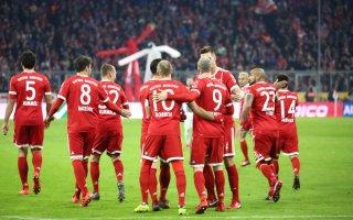 بايرن ميونخ يحكم قبضته على صدارة الدوري الألماني بثلاثية في مرمى أوغسبورغ