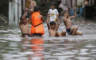 مقتل 26 شخصا في انهيارات أرضية بعد عاصفة ضربت الفلبين