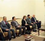 رئيس وزراء العراق يتعهد بتأمين رواتب موظفي كردستان