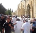 مستوطنون إسرائيليون يستأنفون اقتحاماتهم للمسجد الأقصى