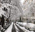 الثلوج تغطي طهران وتعطل حركة الملاحة الجوية