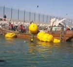 """""""الغوص"""" ينتشل سفينة غارقة من نقعة """"الشملان"""" زنتها 20 طنا"""