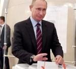 روسيا: بوتين يدلي بصوته في الانتخابات الرئاسية