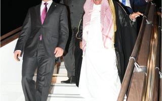 رئيس مجلس الأمة يصل إلى باكو في زيارة رسمية لأذربيجان