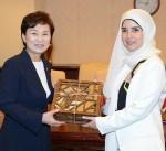 جنان بوشهري تبحث مع وزيرة كورية جنوبية العلاقات الثنائية
