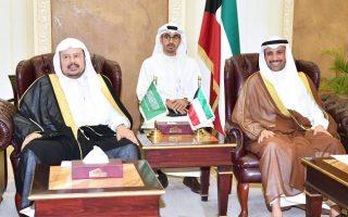 الغانم يعقد مباحثات رسمية مع نظيره السعودي
