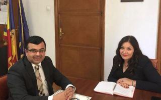 مديرة وكالة الانباء الرومانية الجديدة تتسلم دعوة لزيارة الكويت
