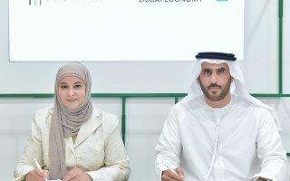 """""""اقتصادية دبي"""" و""""مجلس الأعمال الكويتي"""" يوقعان مذكرة تفاهم لتعزيز التعاون المشترك"""
