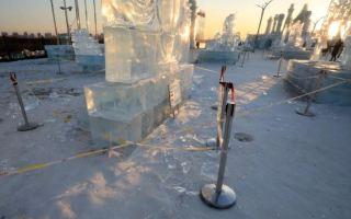 دفء مفاجئ يذيب منحوتات جليدية لآلاف الفنانين في الصين
