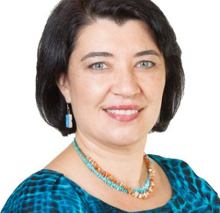 Naomi Barry Perez