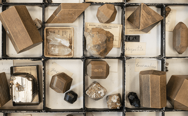 Mineralogy & Petrology Lab