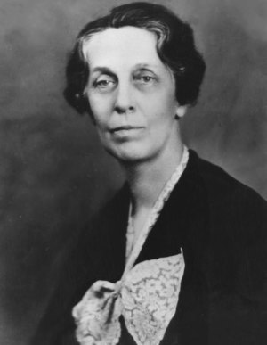 Emma_Perry_Carr_(1880-1972)