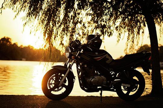 """La Suzuki GS500 es considerada como """"Legendaria"""" para Majes en Moto"""