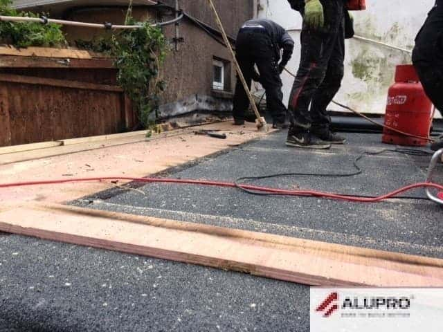 Roofing Repairs on Flat Roofs