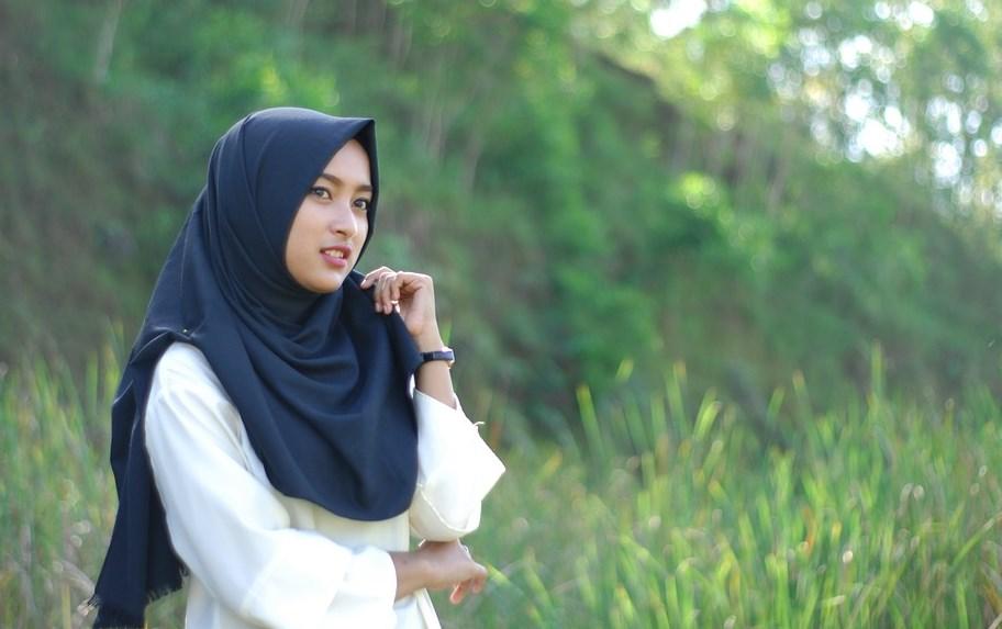 Hal Yang Harus Diperhatikan Dalam Berbusana Muslimah