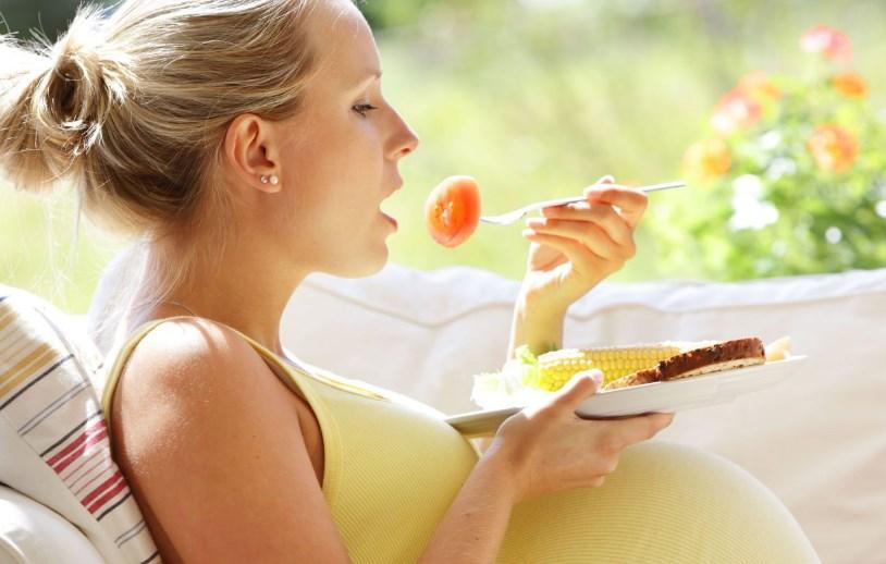 5 Makanan Anti Mual Untuk Ibu Hamil Yang Bisa Anda Coba