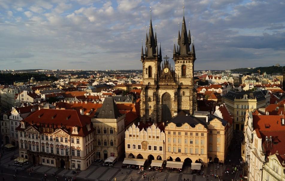 Praha Republik Ceko Old Town Square dan Charles Bridge