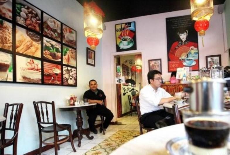 Sedapnya Minum Kopi Tradisional Vietnam